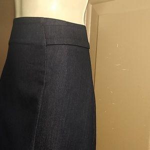 7th Avenue Design Studio NY & Co. Skirts - NWOT 7th AVENUE NY & CO STRETCH DENIM SKIRT-SIZE 6